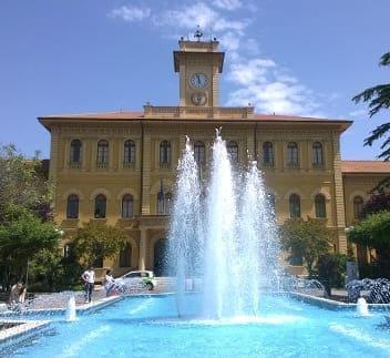 hotel cattolica fontana